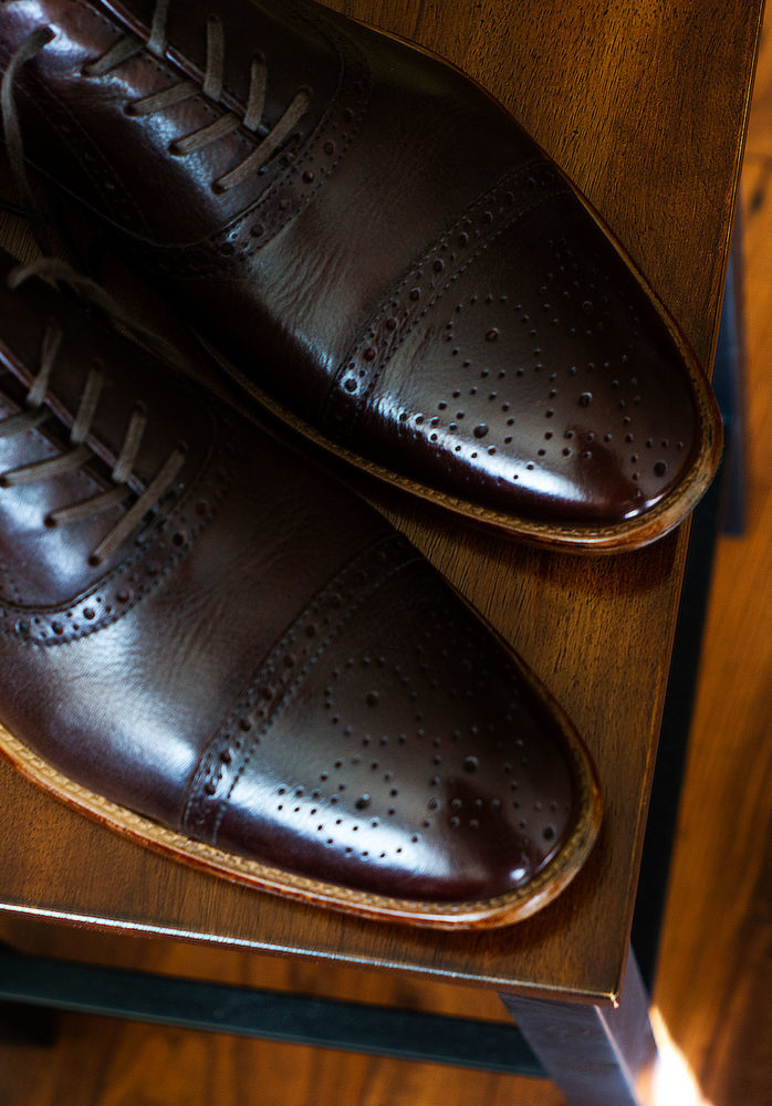 electric shoe polisher - calfskin leather shoes