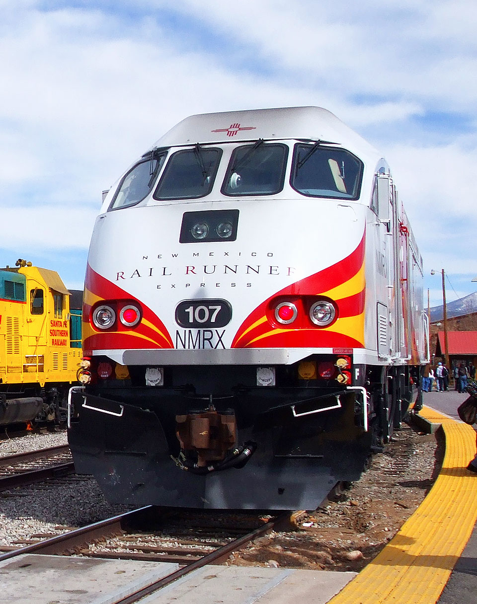Take the Rail Runner to Santa Fe!